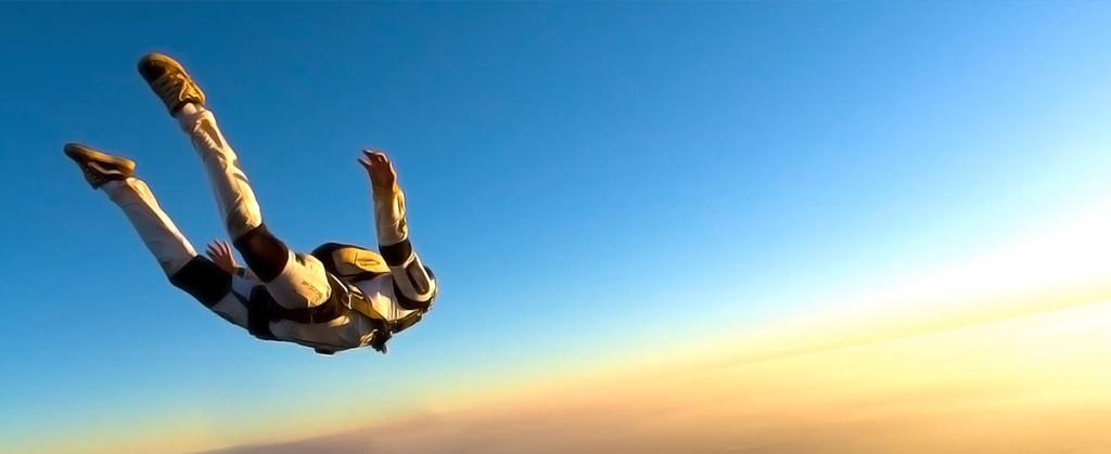 Стрибок з парашутом. Теорія. Частина 1